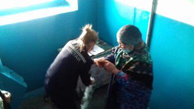 Photo of Спасатели с помощью альпинистского снаряжения вошли в квартиру