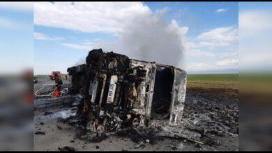 Photo of Фургон со строительной пеной сгорел в Акмолинской области