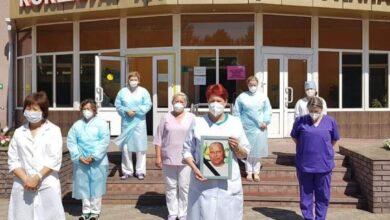 Photo of «Был нашим рыцарем» – коллектив больницы в Кокшетау оплакивает уход Олега Исаева