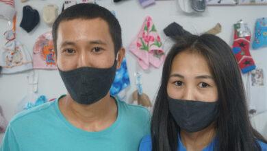 Photo of Джинсы за 100 тенге. В разгар пандемии супруги из Нур-Султана открыли необычный магазин