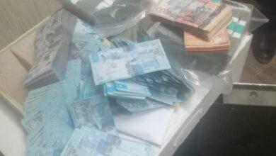 Photo of Двое акмолинцев пытались украсть зарплату своих коллег вместе с сейфом