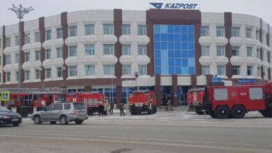 Photo of Пожарные расчеты перед зданием Kазпочты прокомментировали в ДЧС