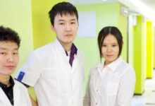 Photo of В Якутии от коронавируса начали прививать студентов-медиков