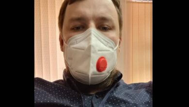 """Photo of """"В первый этап не вхожу, но никто и не проверял"""". Карагандинец получил вакцину от COVID-19"""