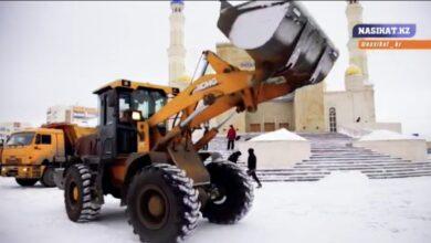 Photo of 45 человек очищали территорию мечети от снега