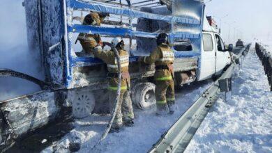 Photo of Газель и Мерседес загорелись после ДТП близ Щучинска
