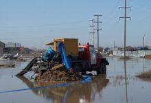 Photo of Сломанная канализация и бензин за свой счет: как проходят паводки в Целиноградском районе (ФОТО)