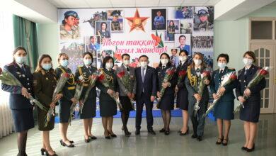 Photo of Аким области встретился с женщинами-военнослужащими и полицейскими