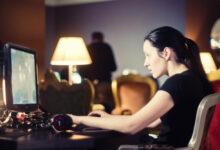 Photo of «Келинка золотая ручка»: акмолинка переводила деньги свекрови на онлайн-игры