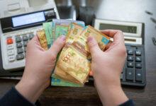 Photo of Проблемные заемщики принесли внутренности животных в банки Алматы
