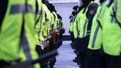 Photo of Полицейских в Казахстане обуют в кроссовки