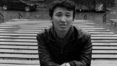 Photo of Учителя, погибшего на Чарыне, посмертно наградил Токаев
