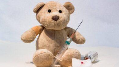 Photo of ВОЗ впервые разрешила вакцинировать детей и подростков от COVID-19