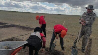 Photo of Акмолинские школьники участвуют в археологических исследованиях ботайской культуры в Красном Яре