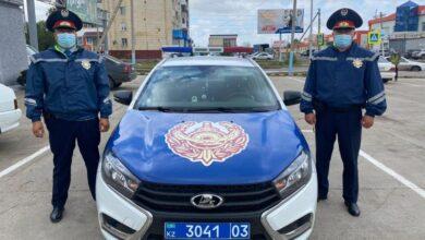 Photo of Акмолинские полицейские помогли доставить женщину с инсультом в больницу
