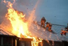 Photo of Крупный пожар начался на складах в Алматы