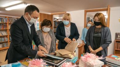 Photo of Акция «Ауылыма кітап»: более 200 книг переданы КИОР в сельские библиотеки Акмолинской области