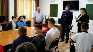 Photo of Наркополицейские поздравили первокурсников колледжа города Кокшетау