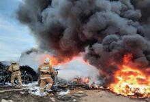 Photo of Густой черный дым вызвал переполох в Актау – видео