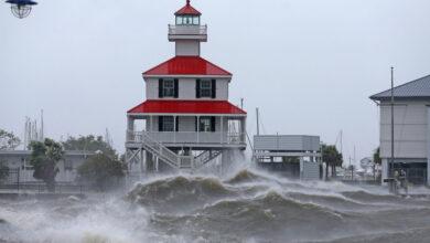 Photo of Комендантский час из-за преступности ввели в затопленном городе США