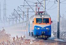Photo of Взгляд из вагона поезда: швейцарский фотограф рассказал о путешествии по Казахстану