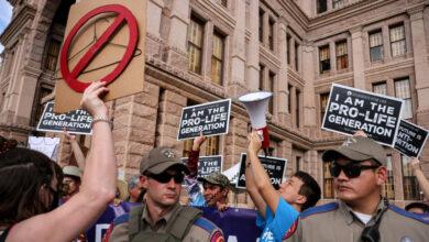 Photo of Суд в США приостановил действие закона о запрете абортов в Техасе